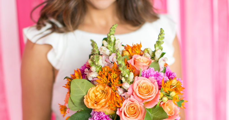 Choosing the right wedding florist.